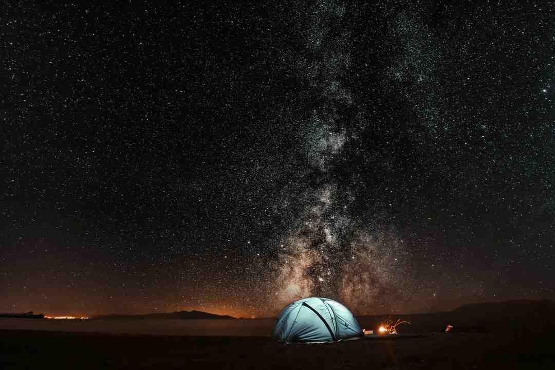 Comment transformer son terrain en camping ?